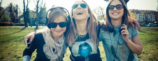 friends-millennials-798x310